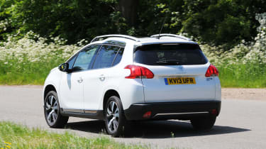 Peugeot 2008 1.6 e-HDi rear action