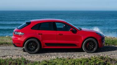 Porsche Macan GTS - side