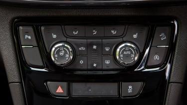 Vauxhall Mokka X 2016 - climate control
