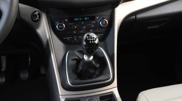 Ford Kuga Titanium - centre console