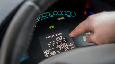 Electric car case study - Nissan Leaf Mark Tebbutt instruments