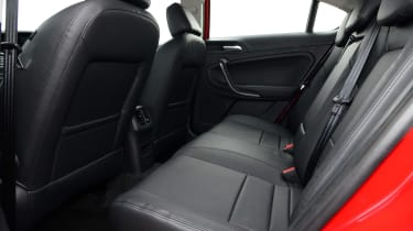 MG6 rear seats