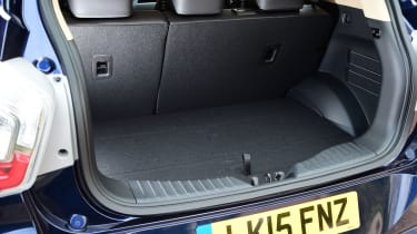 "<span face=""Times New Roman"" style=""font-family: 'Times New Roman';""><span>Open the tailgate and there's a 423-litre boot&nbsp;</span></span> <!--EndFragment-->"