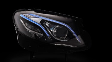 Mercedes E-Class tech - lights