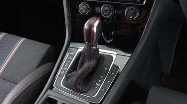 Volkswagen Golf GTI Clubsport UK 2016 - gearlever