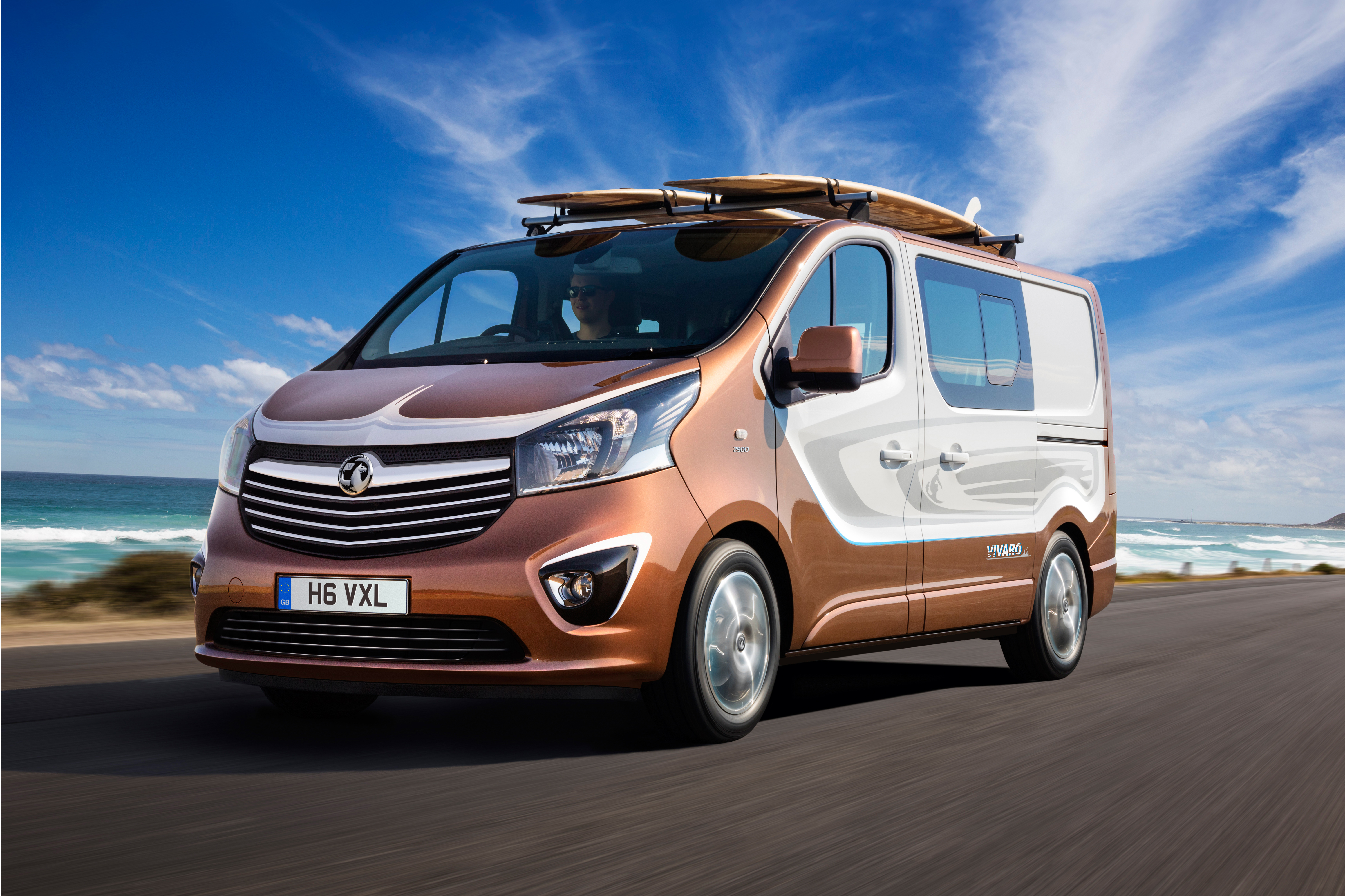 Skinka pris Geometri  Vauxhall Vivaro Surf Concept turns on the style | Auto Express