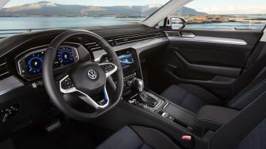 Volkswagen Passat GTE - interior