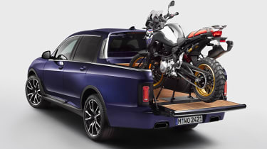 BMW X7 pick-up truck rear