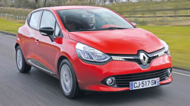 Renault Clio front tracking