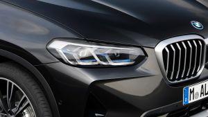 BMW X3 - front light