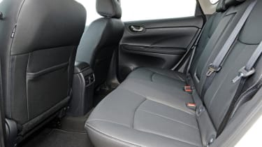 Used Nissan Pulsar - rear seats