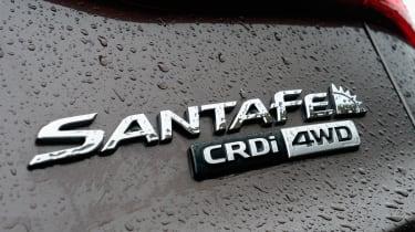 The Hyundai Santa Fecan pull 750kg unbraked or 2,500kg, making this a good choice as a tow car.