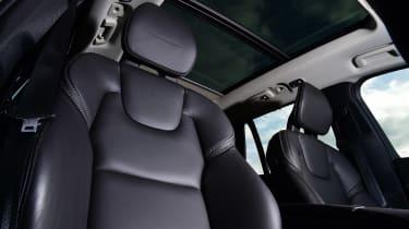 Volvo XC90 - front seat