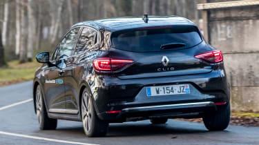 Renault Clio E-Tech - rear action