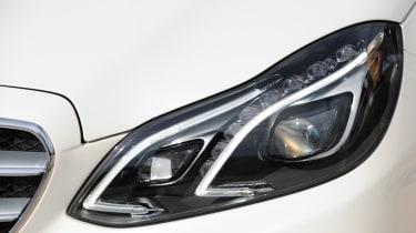 Mercedes E-Class Estate headlight