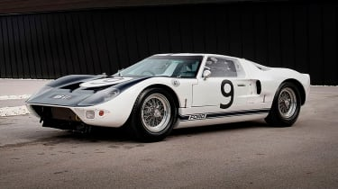 Ford-GT40-1964-