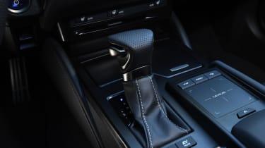 Lexus es 300h gear selector