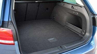 Volkswagen Passat Alltrack - boot open