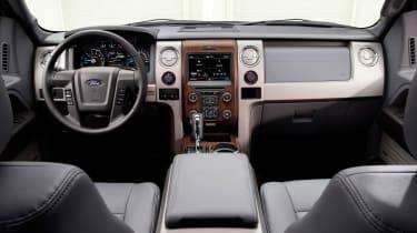 Ford F-150 - interior