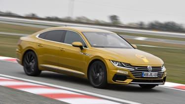 Volkswagen Arteon - Golden Steering Wheel 2017 front action