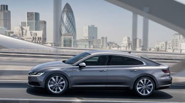Volkswagen Arteon official - Elegance side tracking