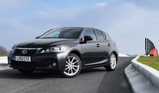 Lexus CT 200h Advance front