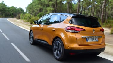 Renault Scenic 2016 - rear tracking