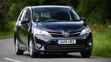 Toyota Verso - front action