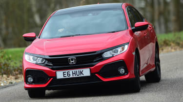 Honda Civic vs Volkswagen Golf vs Renault Megane - Civic cornering