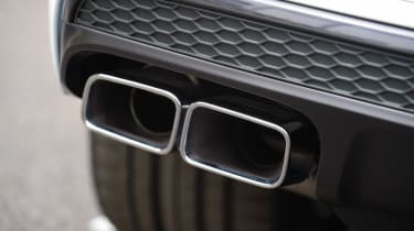 Audi SQ7 - exhaust