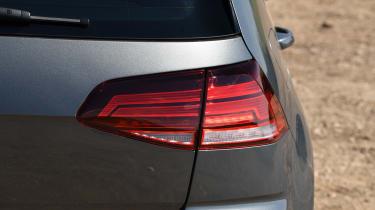 Volkswagen Golf - rear light