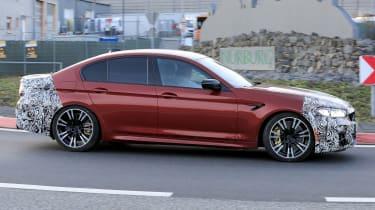 BMW M5 facelift - spyshot 4