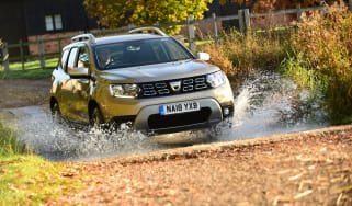 Dacia Duster ford
