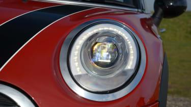 MINI Cooper D 2014 light