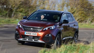 3008 minutes in a Peugeot 3008 - front cornering