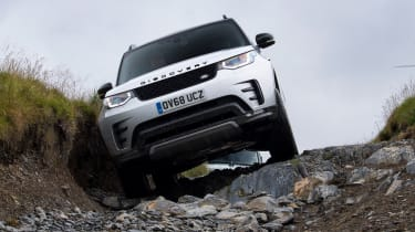 Green Laning  - Land Rover Discovery descent