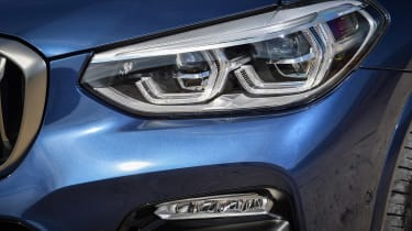 BMW X3 M40i - front light detail