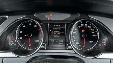 Audi A5 2.0 TFSI Coupe dials