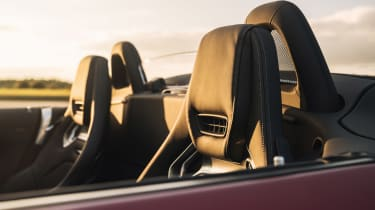 Mercedes-AMG GT C Roadster - seats
