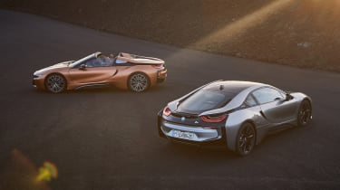 BMW i8 Coupe and Roadster - rear