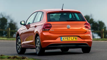 Volkswagen Polo 1.0 MPI - rear cornering