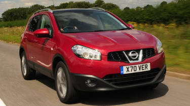 Nissan Qashqai front action
