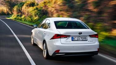 Lexus IS 2017 - rear tracking