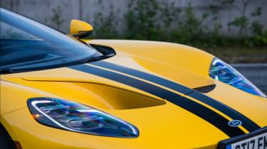 Ford GT Norway road trip - headlights