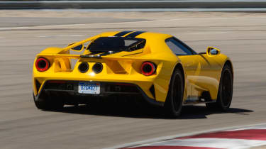 Ford GT - track rear tracking