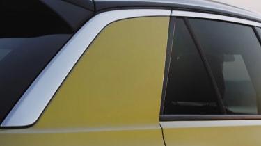 Volkswagen T-Roc teaser C-pillar