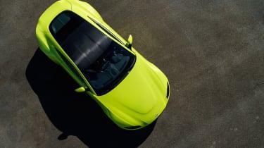Aston Martin Vantage - overhead