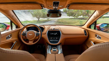 Aston Martin DBX - cabin