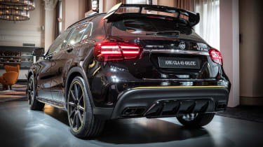 Mercedes GLA 45 - reveal front