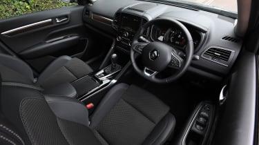 Renault Koleos - Interior Drivers Side